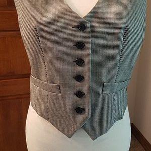 Club Monaco Jackets & Coats - Club Monaco wool blend houndstooth vest